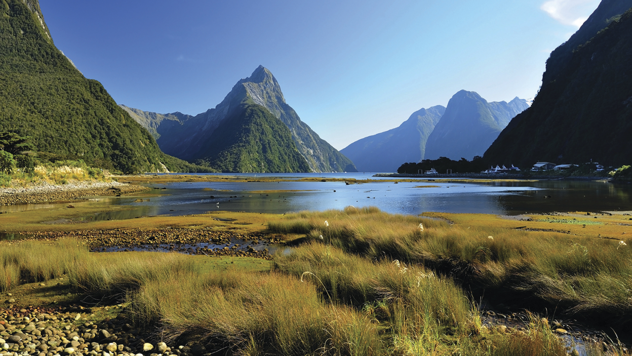 image of water and mountains in Milford Sound, New Zealand.